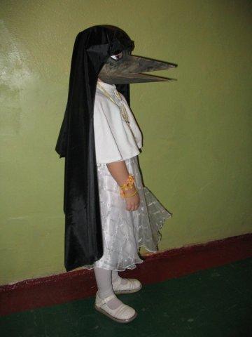 10052601.jpg -Дочка попросила папу сделать ей костюм канарейки... (Для просмотра необходимо подключение к интернет)